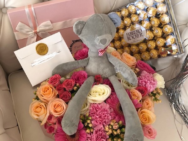 Online Flowers and Chocolates Delivery Orlando