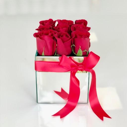 Mirror Cube Roses Orlando